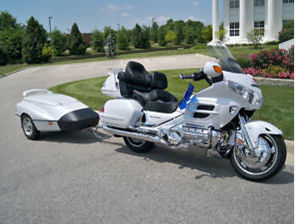 2008 honda goldwing GL1800 pearl white motorcycle trailer