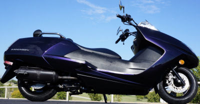 2008 YAMAHA MORPHOUS SCOOTER w dark purple factory paint color (this photo is for example only; please contact seller for pics of the actual motor scooter for sale in this classified)