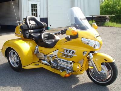 2010 Honda Gold Wing Champion Trike w Yellow Paint Color Option