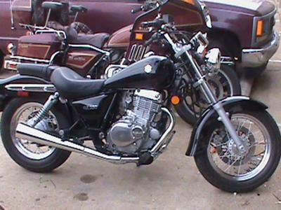 2010 Suzuki GZ250 Marauder (not the one for sale in the ad but similar)