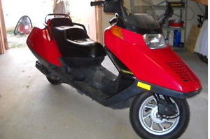 used CN250 2000 honda helix scooter burgundy maroon wine 250cc