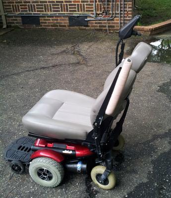 jet 3 ultra powerchair scooter for sale great price on a used jet three electric wheelchair. Black Bedroom Furniture Sets. Home Design Ideas