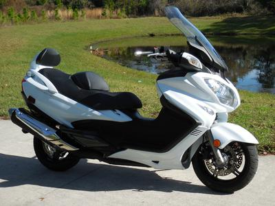 Like New Used White 2013 Suzuki Burgman 650 for sale by owner