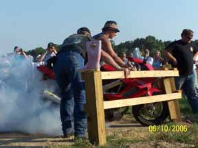 motorcycle burnout contest pictures
