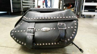 Used Heritage Softail Saddlebags for Sale by owner